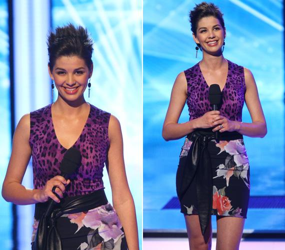 Vadító lila leopárdmintás volt annak a ruhának a felsőrésze, amit egy fekete bőröv választott el az idén divatos virágmintás szoknyától.