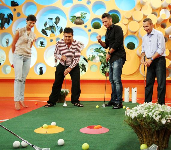 Szujó Zoltán, Vastag Csaba és Novák Laci mérték össze ügyességüket, Nóra viszont a szexis körömcipő miatt nem szállt be a játékba.