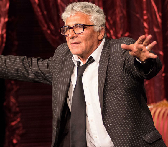 Székhelyi József Jászai Mari-díjas színművész, rendező is színpadra állt a székfoglalóval egybekötött gálán.