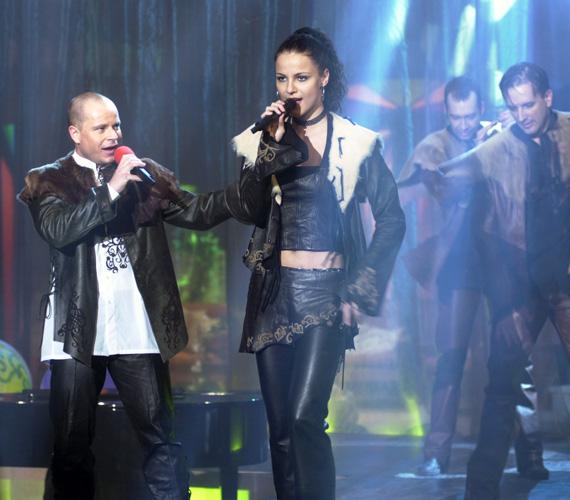 Legnagyobb sikerüket a 2005-ös Eurovíziós Dalfesztiválon érték el Forogj, világ! című dalukkal.