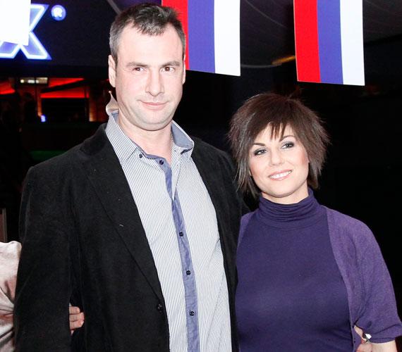 A napokban derült ki, hogy Verebes Linda színésznő és Pindroch Csaba színész harmadik gyermeke már karácsony előtt világra jött. Mira lányuk és Ricsi fiuk öcsikét kapott, akit szülei Patriknak neveztek el.