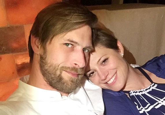 Szinetár Dóra és színész szerelme, Makranczi Zalán a hétvégén, június 20-án a nyilvánosság kizárásával tartotta meg esküvőjét. A színésznőnek ez a harmadik házassága.