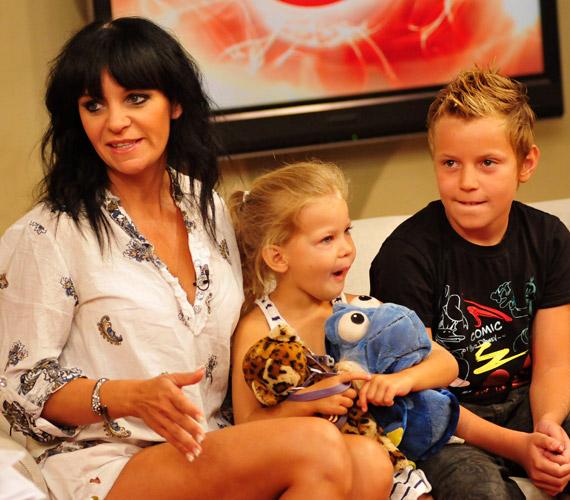 Pintácsi Viki cuki gyerkőcei, a kilencéves Viktor és a négyéves Zolna nagyon hasonlítanak egymásra.