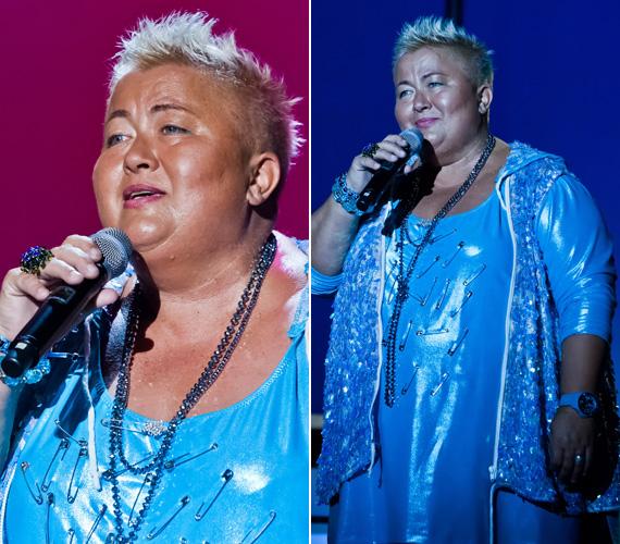 Falusi Mariann biztosítótűkkel díszített, metálfényű, jégkék ruhája nem nélkülözte az énekesnőtől megszokott extravaganciát.