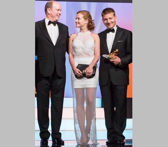 Cseke Eszter és S. Takács András tavaly Monte-Carlóban Albert hercegtől vehették át a legfontosabb európai díjat, amit televíziós műsor kaphat, az Arany Nimfát.