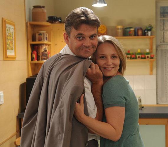Az újabb epizódok is bőven tartogatnak izgalmakat Berényi András és Illés Júlia számára, akit Mérai Katalin formál meg.