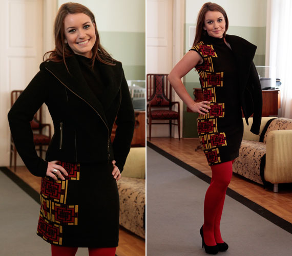 A fekete ruha jobb oldalát díszítő piros-sárga geometriai minták és a piros harisnya feldobják az összhatást.
