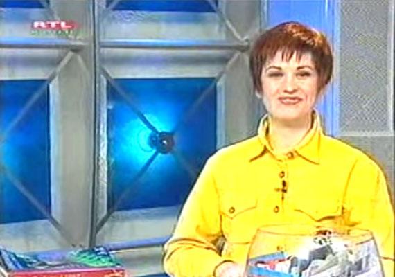 Jó napot kívánok! Pokrivtsák Mónika vagyok - hallhattad a Meri vagy nem meri? című telefonos játék bejelentkezésekor. 1997-ben, a kereskedelmi televíziózás hazai hajnalán az utcán szólítottak meg embereket, hogy rávegyék őket gyakran kínos dolgokra, a betelefonálónak pedig ki kellett találnia, hogy megteszi-e, vagy sem.