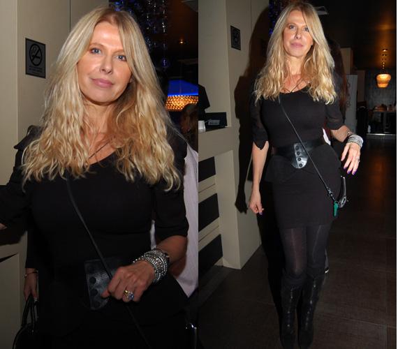 Sütő Enikő 53 évesen is irigylésre méltó modell alkattal rendelkezik, és mintha az idő a ráncoktól is megkímélte volna.