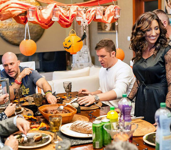 A vendégek szemet és szájat gyönyörködtető vacsorában részesültek október 31-én.