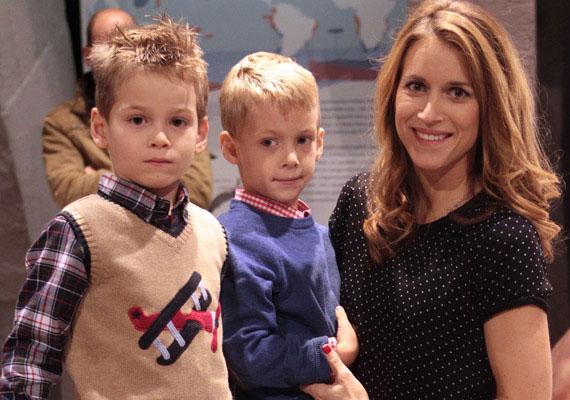 Varga Edit, a köztévé híradósa 2009 januárjában hozta világra fiait. Levente és Gellért már hatévesek.