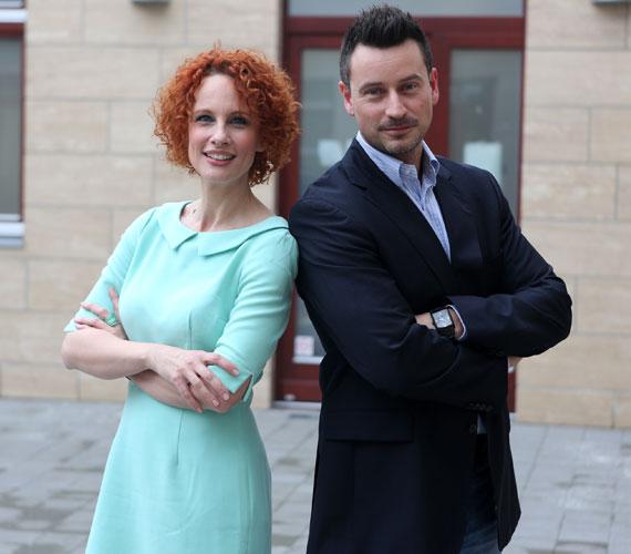 Az RTL Klub reggeli műsorában Teszári Nórát a műsorvezető társa. Őt a Duna World-ön eleinte magazinműsorokban láthattuk, majd kulturális műsorokat vezetett, az elmúlt évben pedig kommunikációs vezetőként tevékenykedett egy kulturális cégcsoportnál.