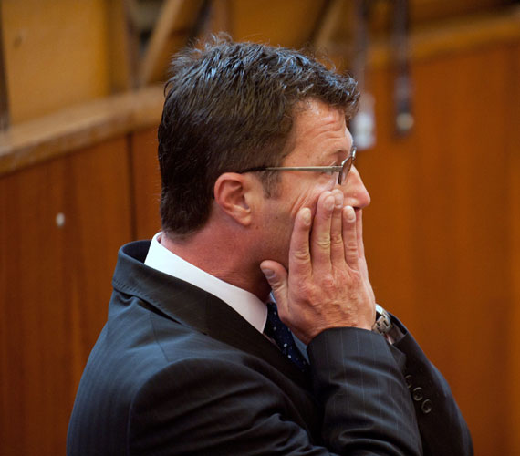 Stohl András 2010. május 8-án hajnalban okozott ittasan és kábítószer hatása alatt közúti balesetet.