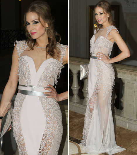 Nagy AlexaA Barátok közt színésznője az idei évben is Marija Sabic szerb divattervezőnő egy káprázatos estélyi ruhájában érkezett a Story-gálára.