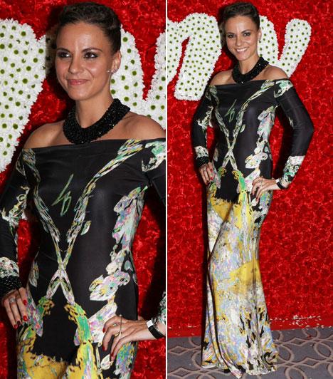 Péter Szabó Szilvia  A NOX egykori énekesnője egy Léber Barbara által tervezett ruhát választott. Különleges, színpompás mintája miatt igazán kilógott a tömegből.
