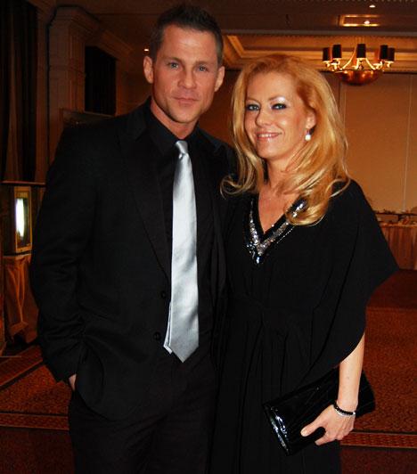 Hujber Ferenc és Tölgyesi-Khell Cynthia  A sármos színész 2004-ben vette el az UFO együttes egykori énekesnőjét. Bár házasságuk megélt már pár hullámvölgyet, mindig visszataláltak egymáshoz. Boldogságukat 2009-ben megszületett kisfiúk, Noel koronázta meg.