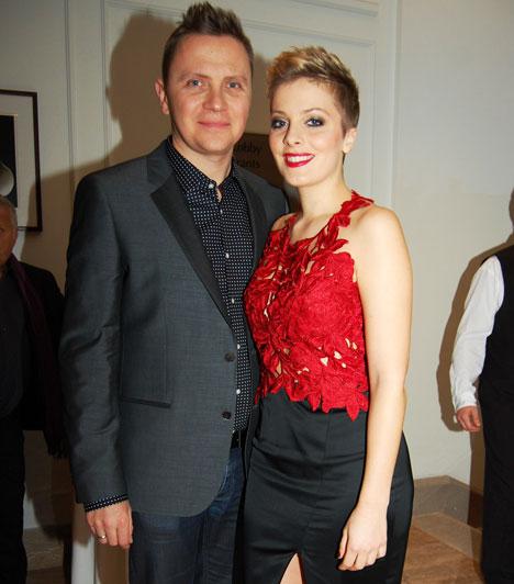 Tatár Csilla és Gönczi GáborA TV2 csinos műsorvezetője és az RTL Klub műsorvezető-riportere 2007 szeptemberében mondták ki egymásnak a boldogító igent. Számos nagyszabású eseményen elnyerhetnék a legbájosabb sztárpár címet.
