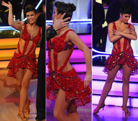 Ebben a vérvörös ruhában tüzelte a hangulatot, amikor rumbát táncolt partnerével.