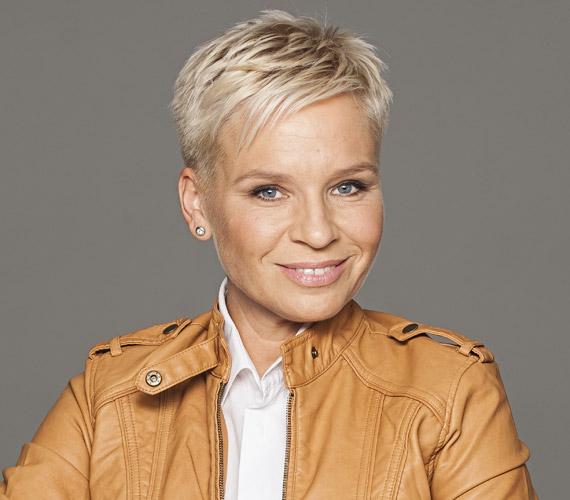 Máté Kriszta férjével éveken át vezette a TV2-n a Tények, illetve önállóan a Forró nyomon című műsort. 2012 szeptemberében derült ki, hogy a 43 éves műsorvezető a következő hónapban induló RTL II csapatát erősíti, ahol újraindult a Forró nyomon című bűnügyi műsora, később pedig elindult az Első millióm története. Bárdos Andrással a Szombat Esti Láz idei adásában is szerepeltek.