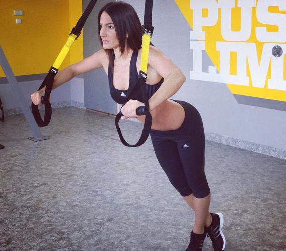 Debreczeni Zita szigorú diétát és edzéstervet követ, ennek köszönheti tökéletes alakját.