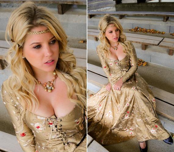 Szabó Zsófi merészen dekoltált, gyönyörűen hímzett ruhájában igazi hercegnőnek érezhette magát.