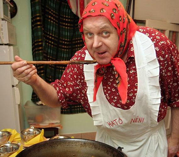 Ihos József sokak számára ma is Kató néni, pedig íróként és előadóként is dolgozik. 2003-tól 2006-ig egyedül írta és szerkesztette saját show-ját, a Kató néni kabaréját, mellette állandó szerzője volt az Uborka című politikai bábfilmnek. Nem olyan rég a Hal a tortánban mutatkozott, ahol ismételten magára öltötte Kató néni szerepét.