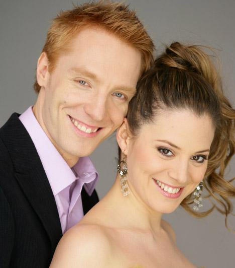 Válás  Szinetár Dóra és Bereczki Zoltán 2012. augusztus 10-én jelentette be, hogy a válás mellett döntöttek.    Kapcsolódó cikk: Szinetár Dóra és Bereczki Zoltán elvált »