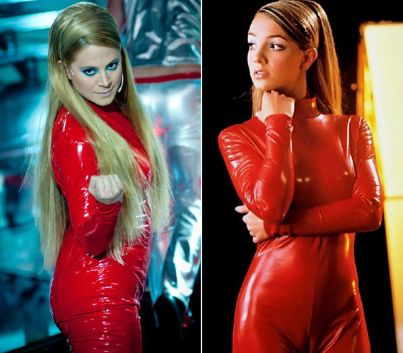 A Sztárban sztár első adásában Britney Spears bőrébe és híres piros latex kezeslábasába kellett bújnia.