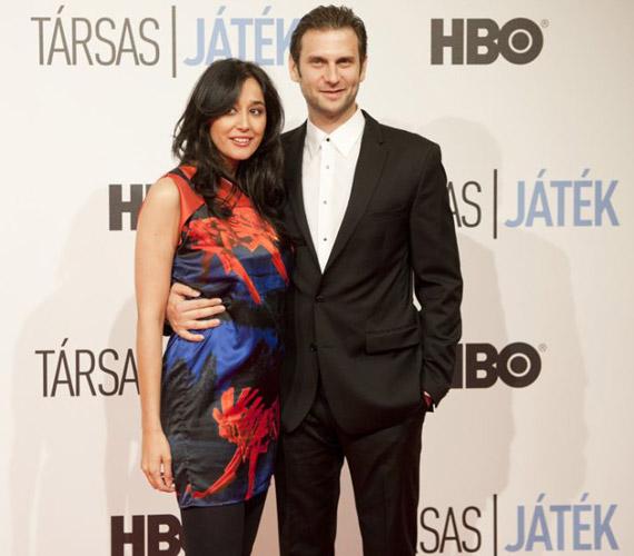 Gryllus Dorka színésznő első férje Geszti Péter volt, hivatalosan 2006-ban váltak el. 2006 és 2008 között Boros András felesége volt, harmadik férjével 2010 óta vannak együtt, a Varsói melódiák színdarab próbáin szerettek egymásba.