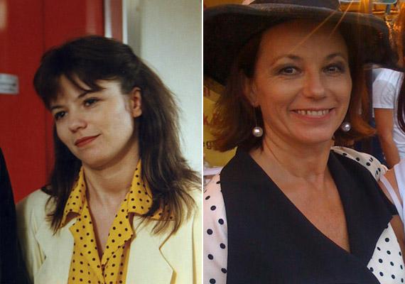 Vágási Jutka tanítónő szerepében Ivancsics Ilonát láthattuk. Az 54 éves színésznő ma már a nevét viselő Ivancsics Ilona és Színtársait vezeti - a jobb oldali kép is az egyik rendezvényükön készült októberben.