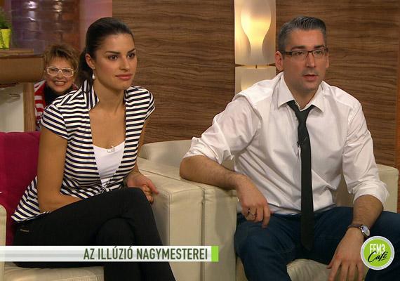 2014 decemberében a FEM3 Café című műsorban Azurák Csaba és Czippán Anett önhibáján kívül keveredett vicces jelenetbe: hirtelen feltűnt mögöttük a műsor egyik korábbi vendége, Bayer Ilona egykori híradós, aki elveszett kutyusát kereste a stúdióban.