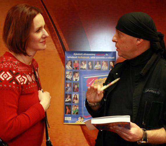 Malek Andrea a házigazdával, DJ Dominique-kel beszélgetett.