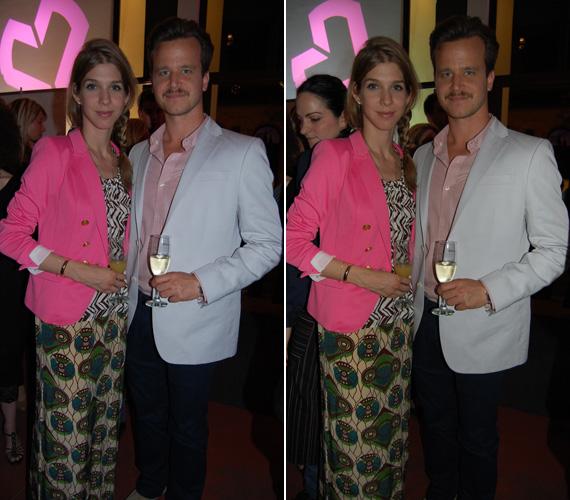 Haumann Máté barátnőjével érkezett, mindketten nyárias ruhába és színekbe öltöztek. A fiatal színész apjával, Haumann Péterrel szerepelt a DTK Show-ban.