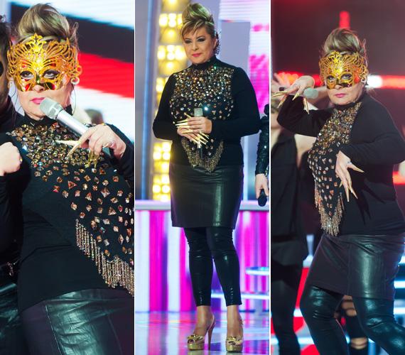 Persze a színpadra bevállalósabb darabokat is felhúz: a Nagy Duettben keleties szettjét Lady Gaga is megirigyelhette volna tőle, főként az aranyszínű álarcot és a karmokat.