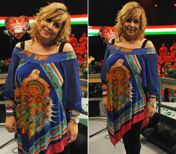 Nem csak a ruhája, haja is kicsit bohókás, szélfútta volt a Magyarország, szeretlek! című vetélkedő sztárfellépőjeként.