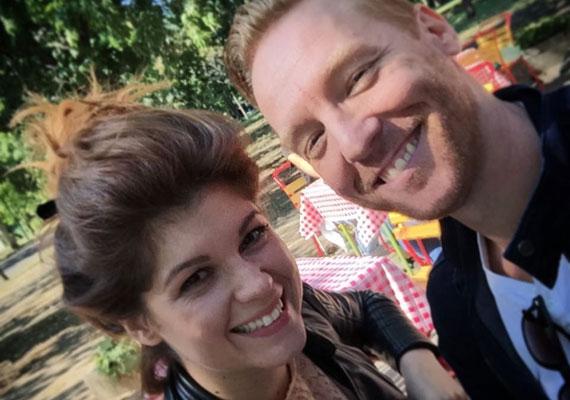 Bereczki Zoltán és a fiatal énekesnő, Veres Mónika, vagyis Nika között több van, mint munkakapcsolat.