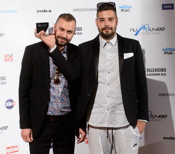 A stand up comedy vagy talkshow kategória jelöltjei A Comedy Central bemutatja (Comedy Central), a Ridikül (M1) és a Showder Klub (RTL Klub) voltak - utóbbi került ki győztesként.
