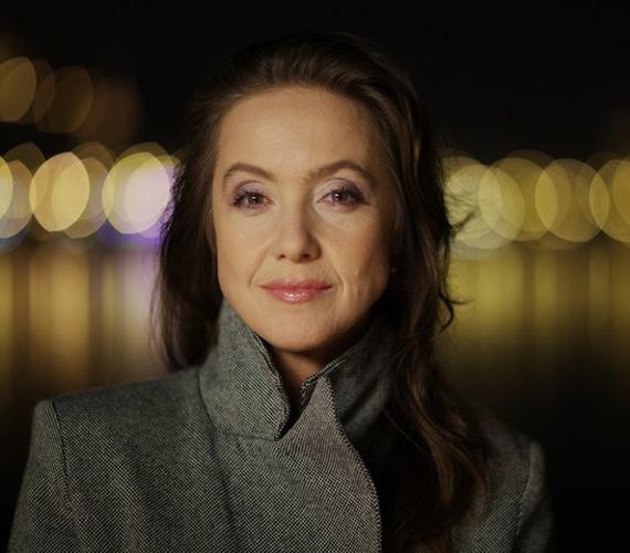 Andrást a terápiára időnként felesége, Judit is elkíséri. Őt Für Anikó formálja meg. A 48 évesen is gyönyörű színésznő 1996-ban kapott Jászai Mari-díjat.