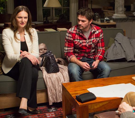 Csütörtökönként egy házaspár, Petra és Tamás keresi fel András rendelőjét. Őket Szamosi Zsófia és Nagy Zsolt játssza. Előbbi szintén idén márciusban kapott Jászai Mari-díjat.