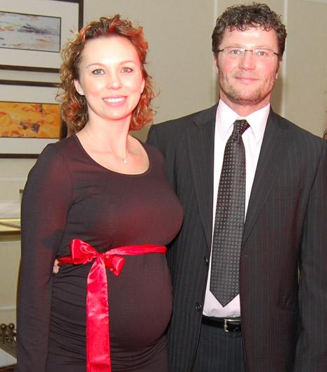 Stohl András felesége, Ancsika  2014 januárjában derült ki, hogy Stohl András negyedszerre is apa lesz. Párja, a táncos Ancsika a második gyerekükkel, ezúttal egy kisfiúval várandós. A kis Andris június 8-án jött világra.