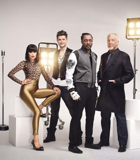 The Voice az Egyesült Királyságban  A brit The Voice első szériája 2012 márciusában indult. A mesterek: a Sex Bomb előadója, Tom Jones, az extravagáns énekesnő, Jessie J., a Black Eyed Peas együttes tagja, will.i.am és Danny O'Donoghue a The Script zenekarból.