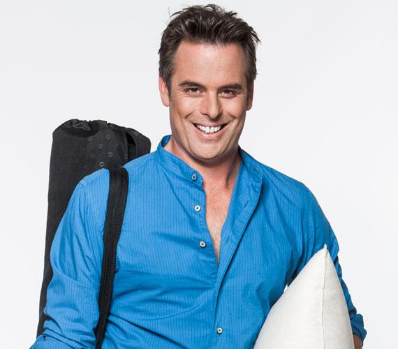 2015 januárjában Papp Gergő távozott közös megegyezéssel a csatornától, ahol 2005-ben a Napló, majd a Koffeinmentes Mokka és az Aktív műsorvezetője lett. 2013 augusztusától három évadon át futott a Pimasz Úr Ottalszik című közkedvelt riportműsora. Májusban derült ki, hogy visszatért az RTL Klubhoz, ahol egykor a Fókusz csapatát erősítette.