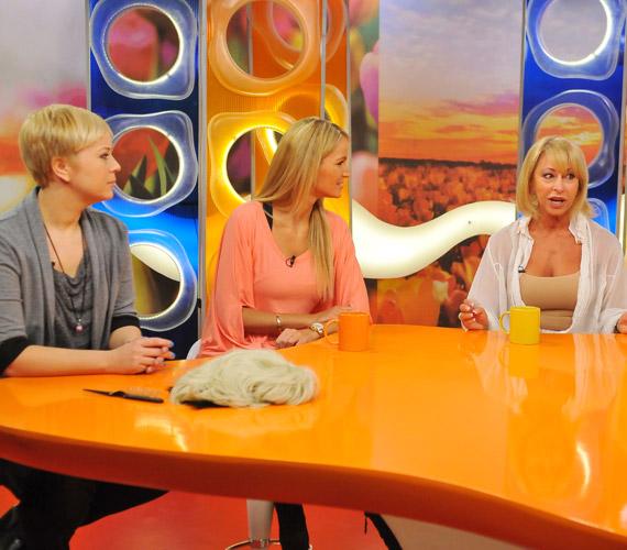 Ungár Anikó 63 évesen is az egyik legcsinosabb hölgy volt a stúdióban.