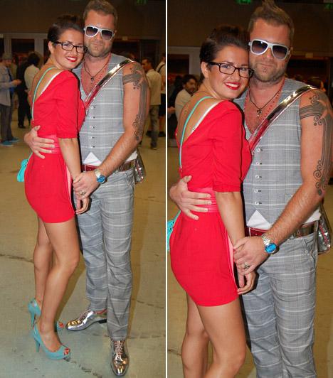Herczeg Zoltán és kedvese  Az extrém divattervező láthatóan rajong piros ruhás kedveséért - és a szemüvegekért.