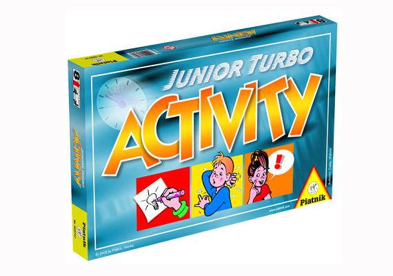 Újabb IQ-fejlesztő játék, ami anélkül fejleszti a gyerkőcöt, hogy annak ez megerőltető lenne. Jó móka a kártyán szereplő dolog lerajzolása, elmutogatása, körbeírása az Activity Junior Turbóval, amit itt rendelhetsz meg 4390 forintért.