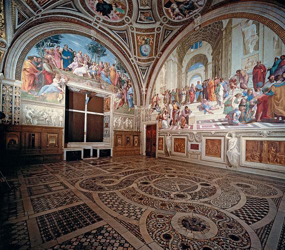 A vatikáni stanzákRaffaello még csak 26 éves volt, mikor II. Gyula pápa megbízta, hogy készítsen freskókat a Vatikán négy termének falára.
