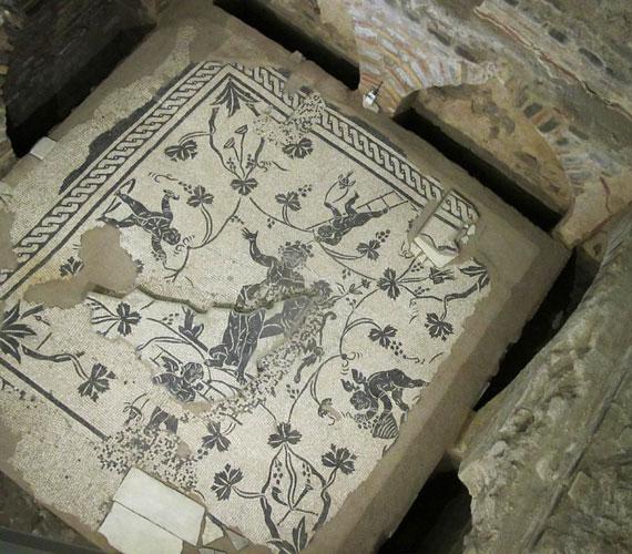 A Vatikán hegye alatt folyó ásatások feltárásai ismét látogathatóak, köztük a római nekropolisszal.