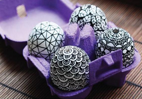 Ha kedvet kaptál a tojásra rajzoláshoz, akkor egy részletgazdagabb díszítést is érdemes kipróbálnod.