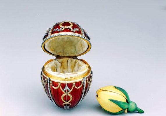 Ezt a tojást a cár felesége, Alexandra Feodorovna kapta.