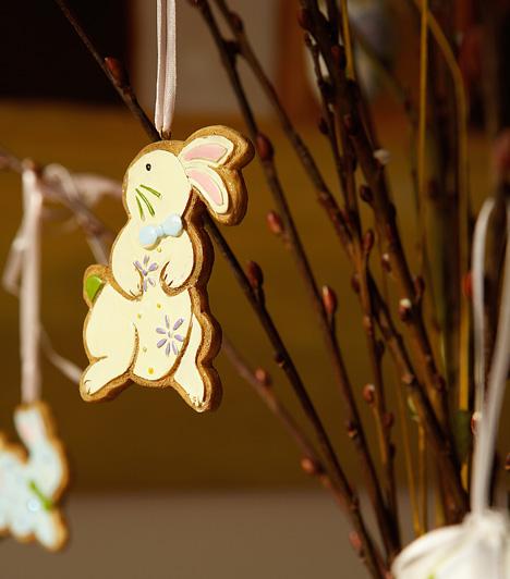 MézeskalácsdíszekIdeje ismét előkeresned a nyomóformákat, hiszen mézeskalácsot nem csak karácsonykor lehet sütni. Egy cukormázzal díszített nyuszi vagy bárány a húsvéti tojásfán is jól mutat.